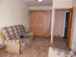 Продажа квартир: 3-комнатная квартира, Тюменская область, Тюмень, Фабричная ул., 50, фото 1