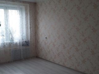 Продажа квартир: 2-комнатная квартира, Киров, ул. Доверия, 1, фото 1