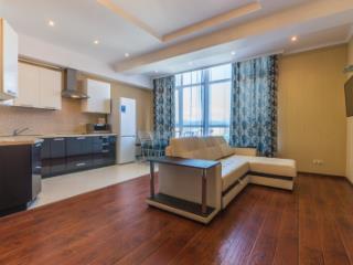 Продажа квартир: 5-комнатная квартира, Краснодарский край, Сочи, Набережная ул., фото 1