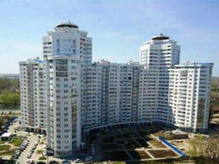 Продажа квартир: 2-комнатная квартира, Краснодар, Кубанонабережная ул., 3, фото 1