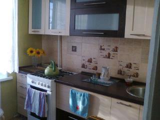 Продажа квартир: 2-комнатная квартира, Омск, ул. Северная 5-я, 199, фото 1