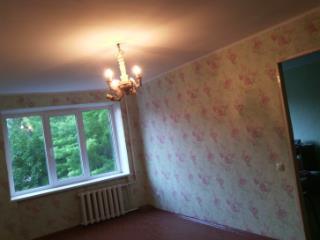 Продажа комнаты: 2-комнатная квартира, Белгородская область, Губкин, ул. Лазарева, 3, фото 1