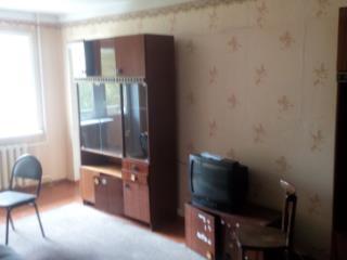 Снять 2 комнатную квартиру по адресу: Красноярск г ул Парашютная 12