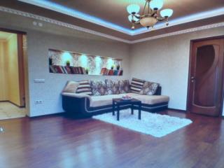 Продажа квартир: 3-комнатная квартира, Краснодар, ул. Дальняя, фото 1