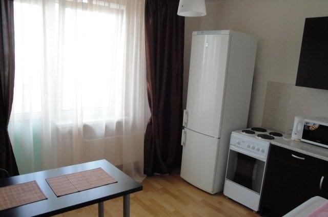 Аренда квартир: 1-комнатная квартира, Ростов-на-Дону, ул. Еременко, 87, фото 1