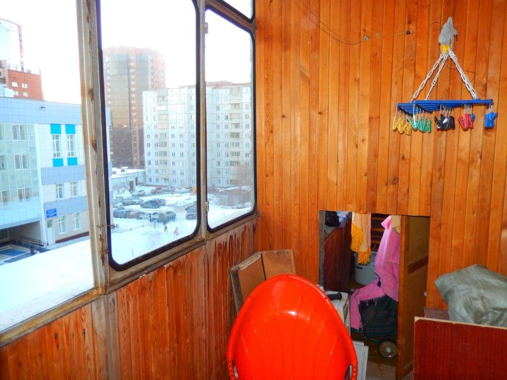 Продажа квартир: 4-комнатная квартира, Новосибирск, Рельсовая ул., 7, фото 1