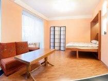 Стоимость сочинских комнат почти сравнялась смосковскими