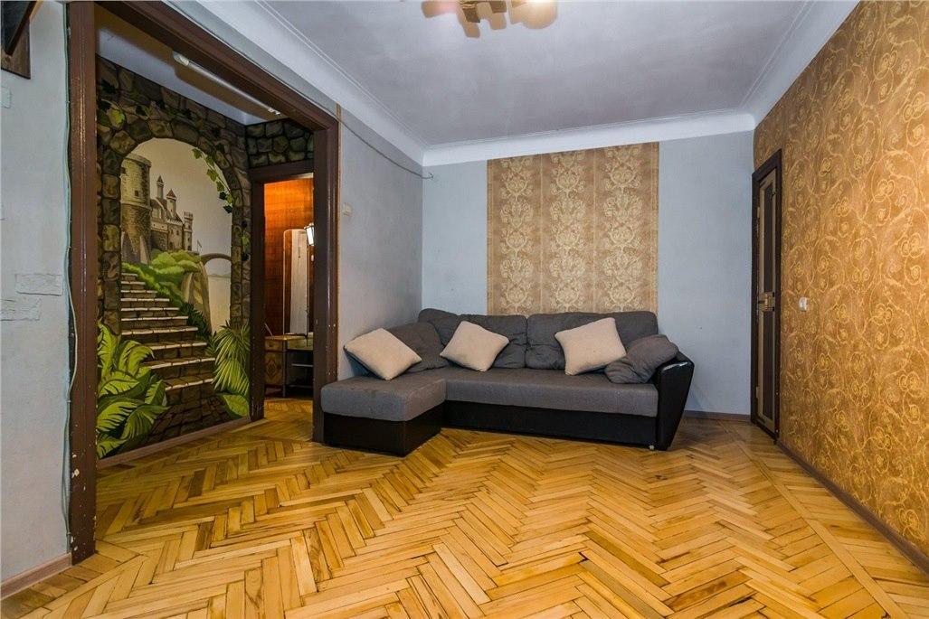 Продается двухкомнатная квартира за 2 600 000 рублей. г Краснодар, ул Ставропольская.